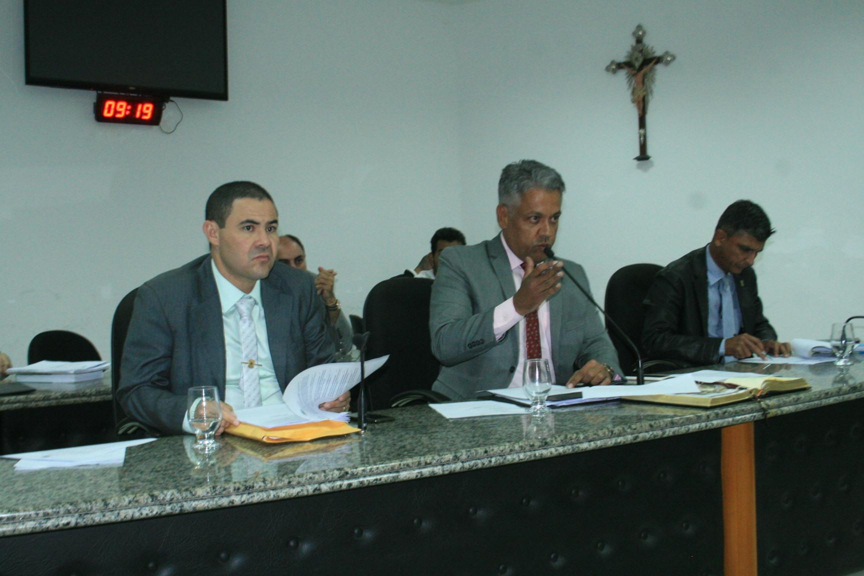 Câmara de Juazeiro aprecia, vota e aprova 12 projetos na última sessão de março