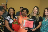 Câmara de Juazeiro: Emoção na entrega da comenda Ana Oliveira
